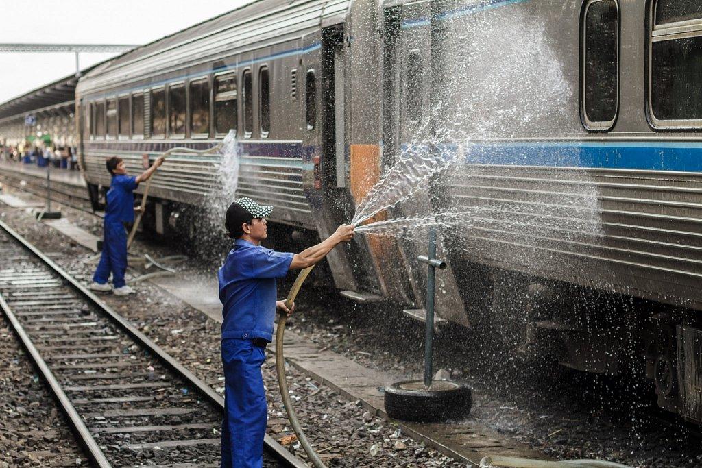 train cleaners