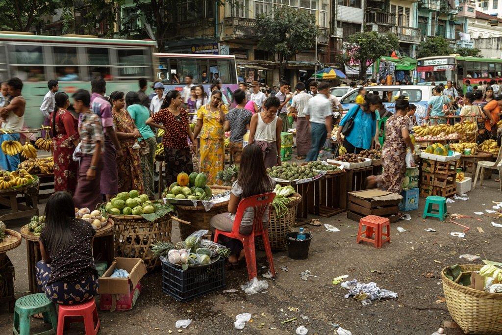 Mahabandoola Street Market
