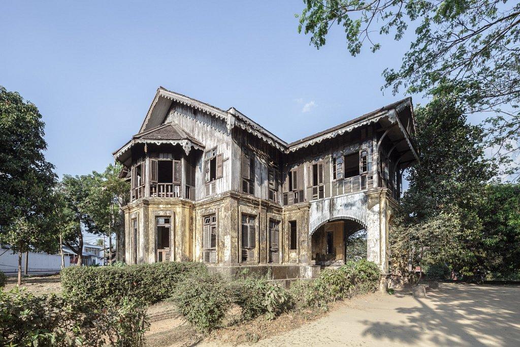 Kandawgyi Villa